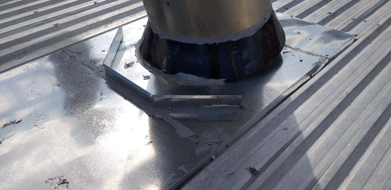 Recuperação de telhado industrial