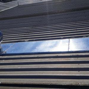 Conserto de vazamento em telhado industrial